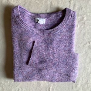 Old navy Woman's crew neck sweater. Size M